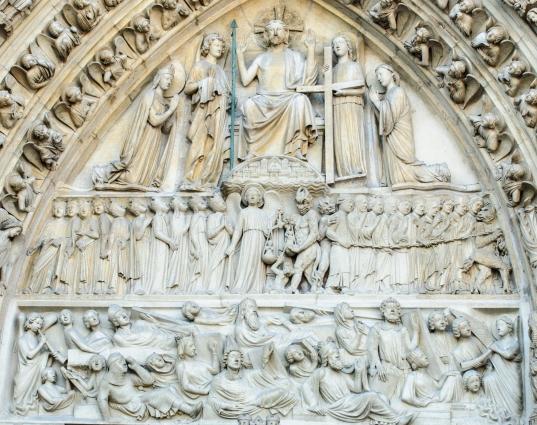 Detall de la portada principal de la Catedral de Notre Dame