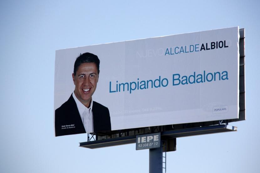 tanca-publicitaria-leslogan-PP-Badalona_1353474864_22208998_1233x822.jpg
